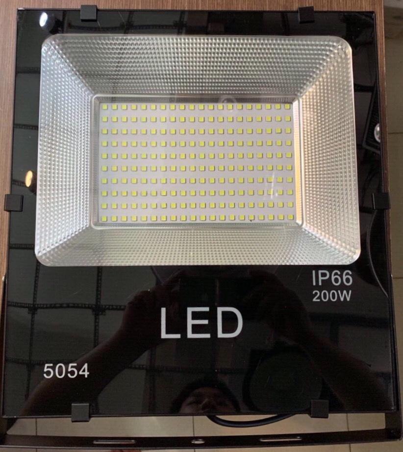 ĐÈN PHA LED HẠT 200W 5054