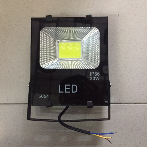 ĐÈN PHA LED VỎ ĐEN 5054 30W
