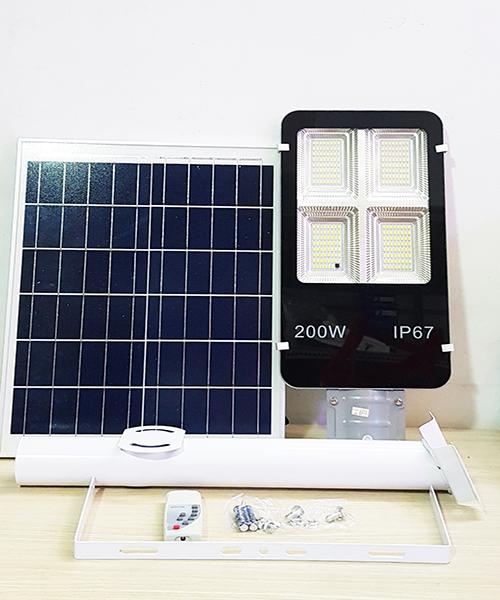 Đèn đường năng lượng 200W