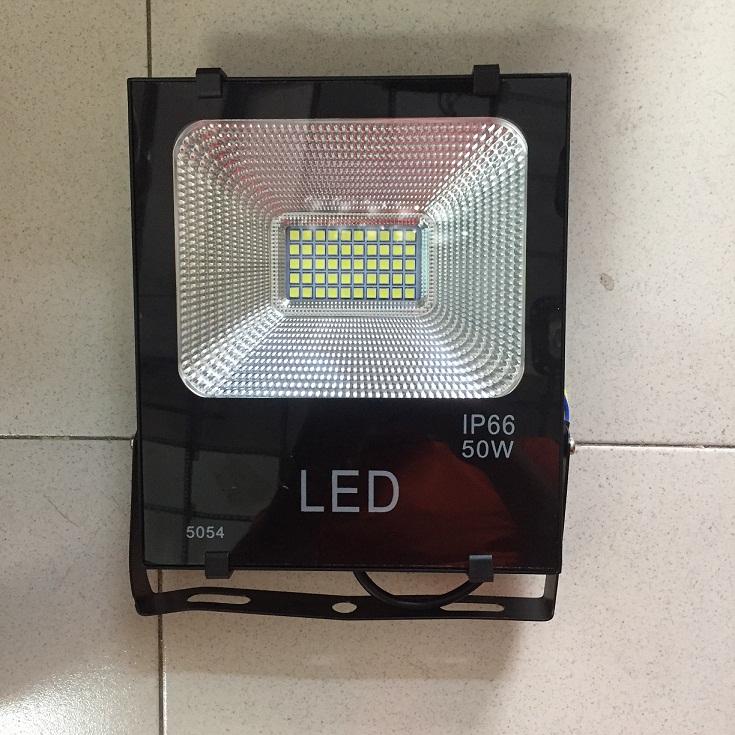 ĐÈN PHA LED HẠT 50W 5054