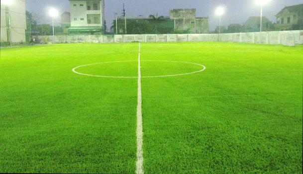 Đèn led chiếu sáng sân bóng đá